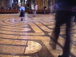 walking meditation techniques : labyrinth meditation