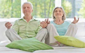 seniors-meditating-3.2