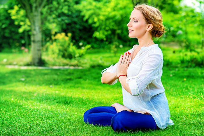 Yoga-in-park-1.2