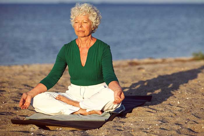 elderly_woman_meditating3.2