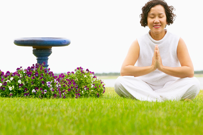 woman-meditating-in-garden-3.2
