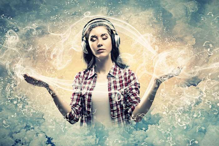 meditating-with-music-headphones-1.2