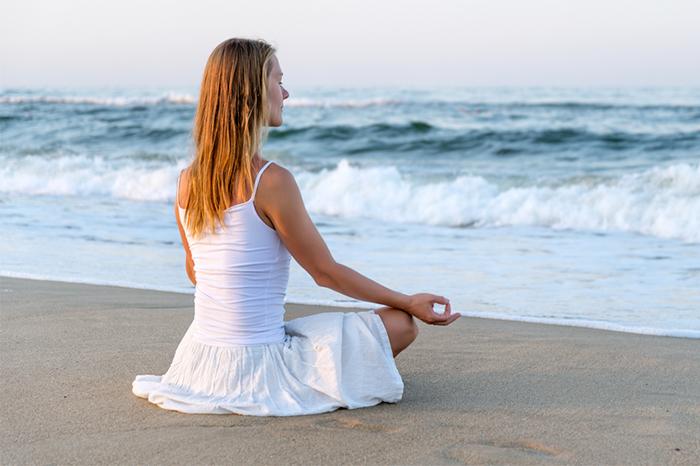 meditation-at-beach-4.2