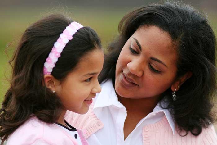 mother-talking-daughter-1.2