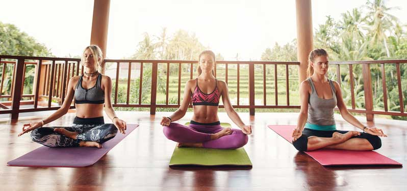3-women-medit2