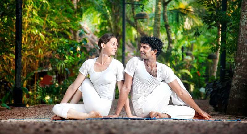 couple-yoga-pose-love-o